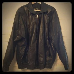 Other - Vintage men's leather bomber jacket